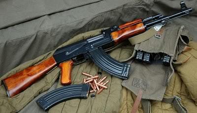Gambar Senjata AK 47 Perang Unisoviet